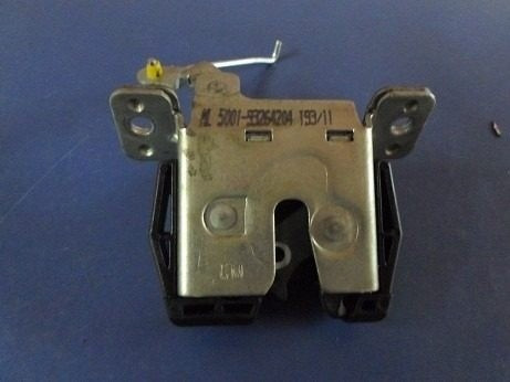 fechadura da tampa traseira do agile r$ 80,00 + frete