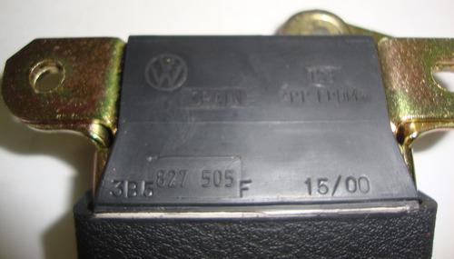 fechadura do porta malas  passat santana 3b5827505m