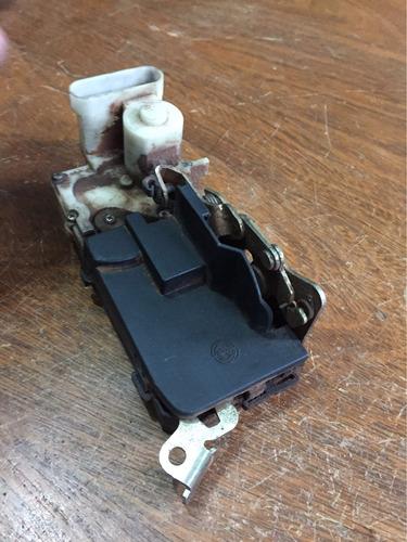 fechadura eletrica palio porta traseira esquerda l motorista