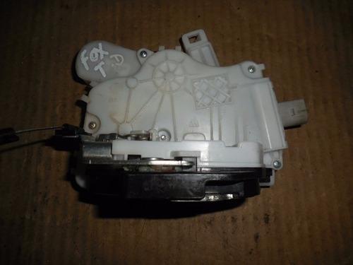 fechadura elétrica traseira direita 5z4839014p vw fox