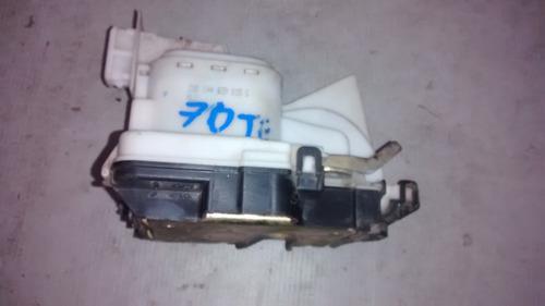 fechadura eletrica traseira esquerda golf 95 original