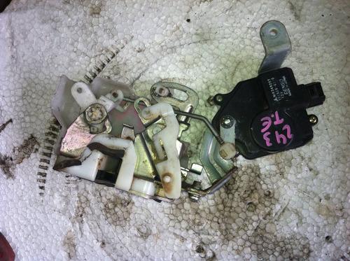 fechadura eletrica traseira esquerda pajero tr4 09 original