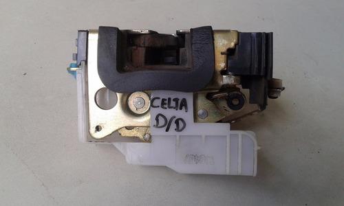 fechadura porta dianteira direita gm celta g2 original usada