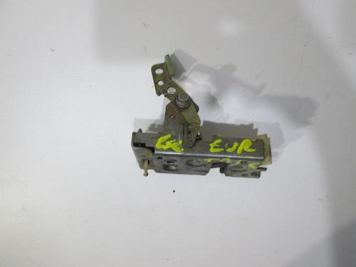 fechadura porta traseiral/e escort europeu sw 96 a 99- 11264