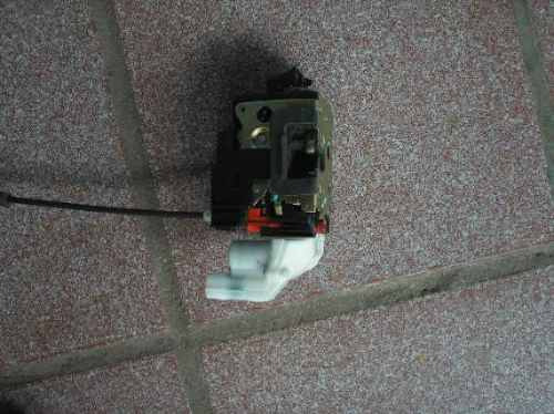 fechadura trazeira direita eletrica fiesta