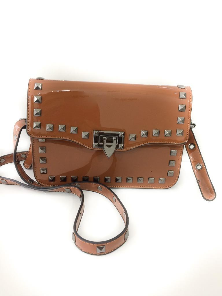 6232cfb06 Bolsa Feminina Caramelo Verniz Spikes - R$ 60,00 em Mercado Livre