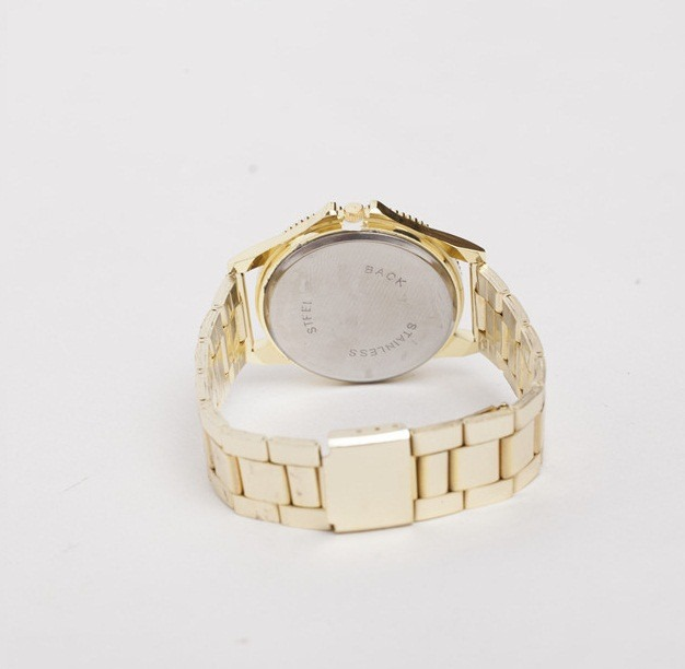 87a4cc25ed7 feminino relogios relogio · relogio dourado feminino moderno barato  lançamento relogios. Carregando zoom.