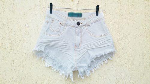 b972e6374f Short Jeans Cintura Alta Feminino Desfiado Roupas Femininas - R  49 ...