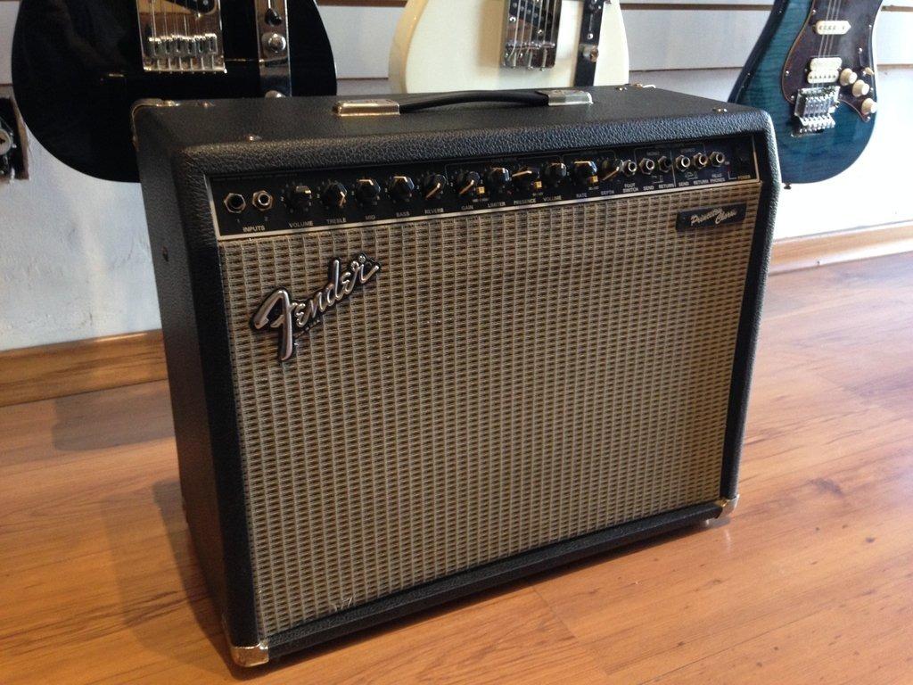Fender Princeton Chorus - Amplificador De Guitarra
