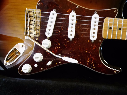 fender stratocaster deluxe players