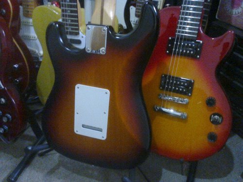fender stratocaster highway usa! y puas gibson prs o ibanez