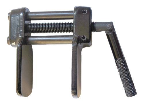 ferramenta para retornar o embolo pinça de freio dianteira