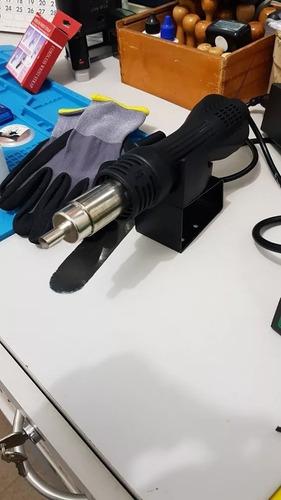 ferramentas e equipamentos para assistência técnica.