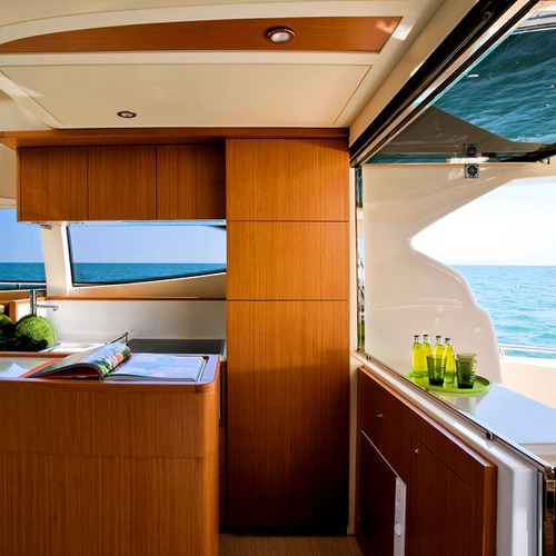 ferretti 530 2011 | intermarine azimut phantom fairline