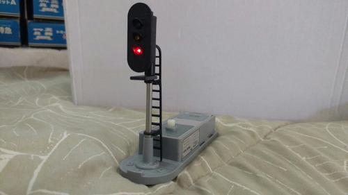 ferrorama japonês tomy farol eletrônico.