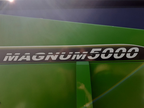 fertilizadora de arrastre bernardin magnum 5000lts a cinta.