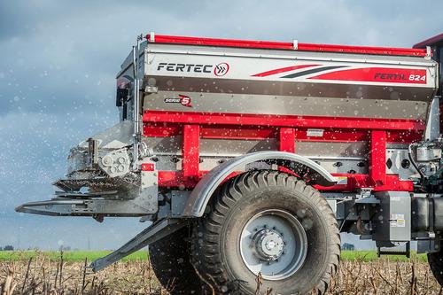 fertilizadora fertec 824