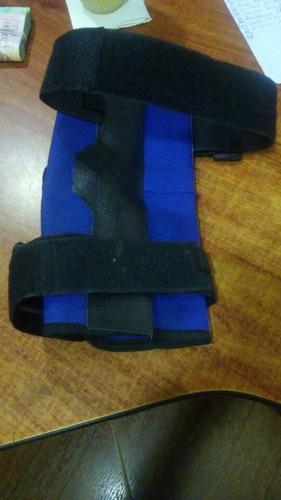 ferula de rodilla con varillas marca forma sport talla  s .