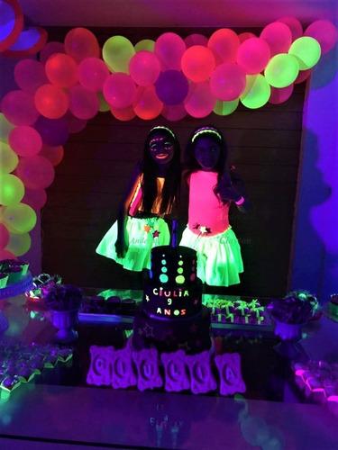 festa neon luzes negras malhas tencionadas infláveis etc...