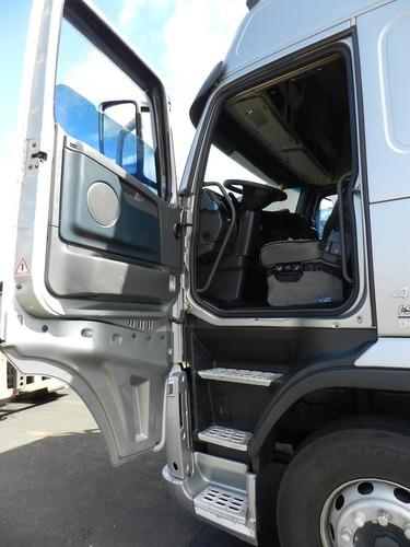 fh 440 4x2 2010 globetroter i-shift prata