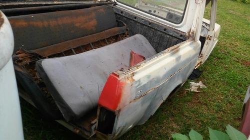 fiat 147 pick up carroceria completa mas sem mecanica latari