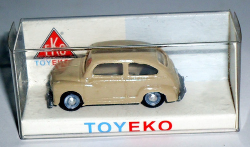 fiat 600 - eko 1/87 (made in spain)