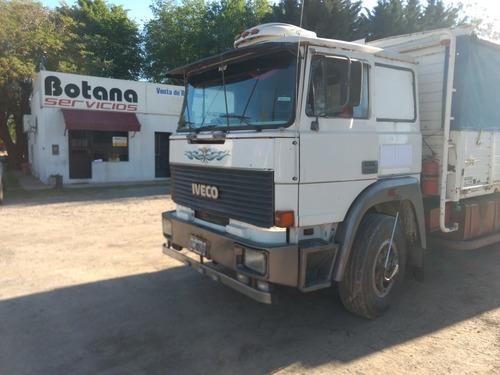 fiat 619, año 1993, con carrocería baranda volcable