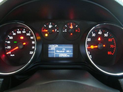 fiat bravo 1.8 16v essence flex 5p