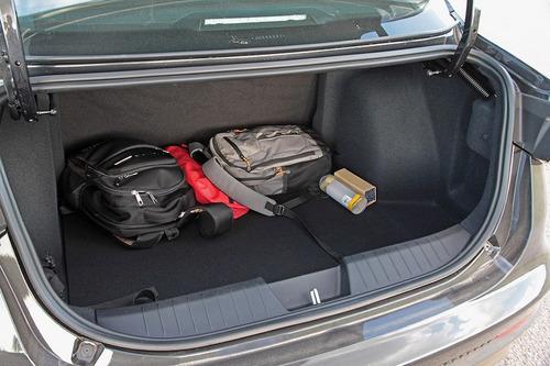 fiat cronos 1.3 drive gse pack conectividad  manual 0km rrb
