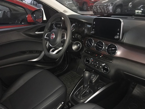 fiat cronos 1.8 16v precision at6