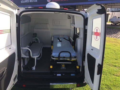 fiat doblo (ambulância)