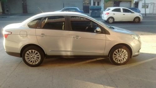 fiat grand siena 1.6 essence 115cv pack seguridad 2013