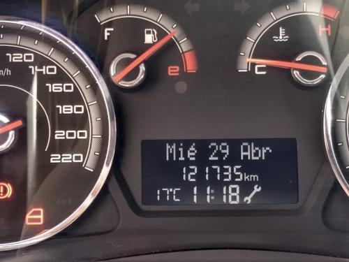 fiat  grand siena  2013  1.6 essence 115cv