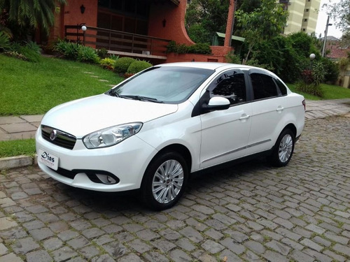 fiat grand siena essence 2015 branca flex