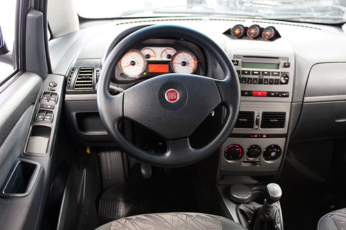 fiat idea 1.8 mpi adventure locker 8v flex 4p manual
