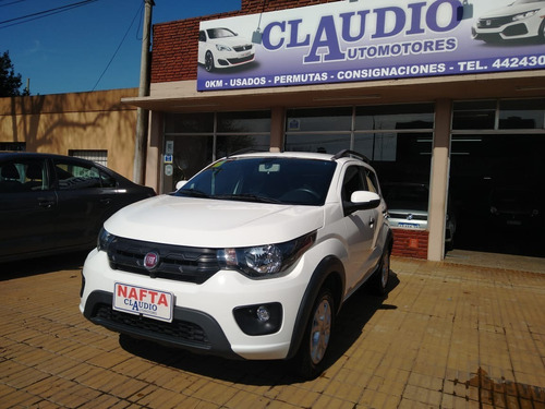 fiat mobi way impecable con 10.000km automotoresclaudio