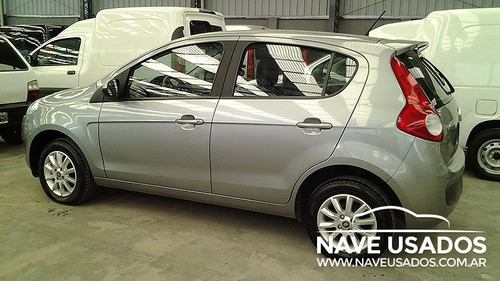 fiat nuevo palio attractive 1.4 0km 2014 gris 5 puertas