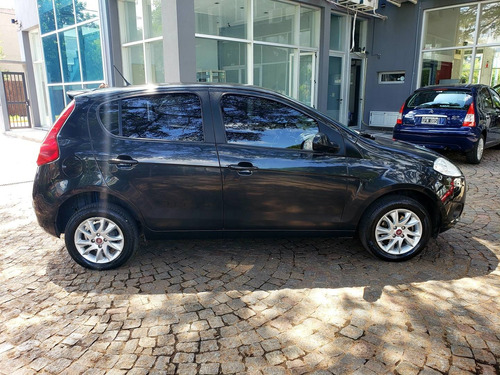 fiat palio 1.4 attractive pack top 2017 49.000km t/usad fcio