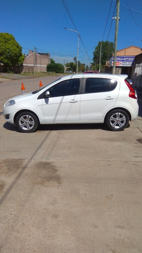 fiat palio 1.6 essence 115cv brasil 2013