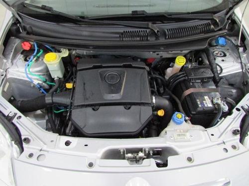 fiat palio essence 1.6 16v flex