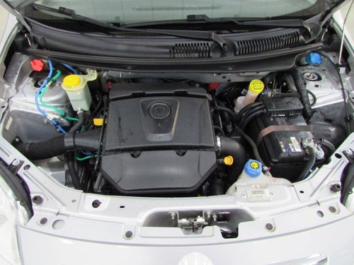 fiat palio essence 1.6 16v flex, gbq6381