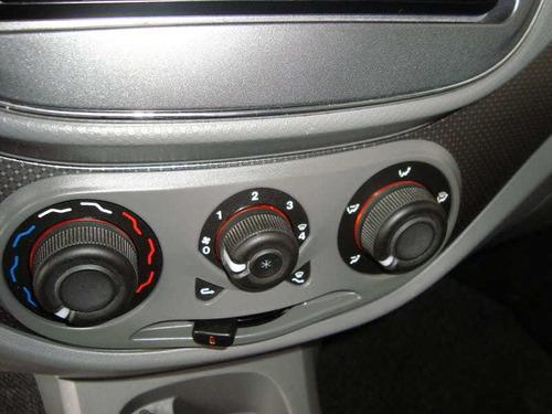 fiat palio essence 1.6 mpi 16v 4p. flex