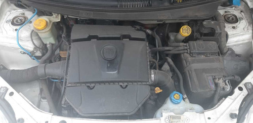 fiat palio essence 2015 1.6! contado! lh1