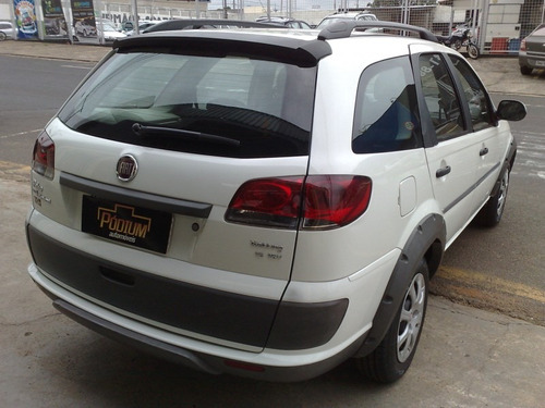 fiat palio weekend trekking 1.6 branco 2013