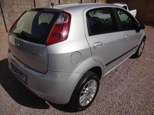 fiat punto 1.4 attractive flex 5p 2012