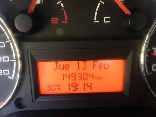 fiat punto 1.6 16v essence / nafta / 2012