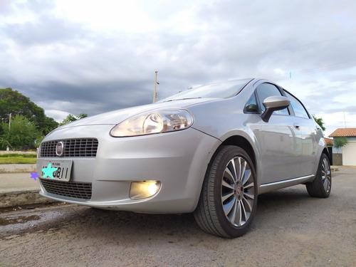 fiat punto 1.8 16v essence flex dualogic 5p 2012