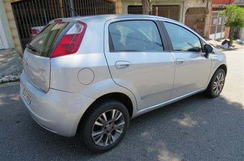 fiat punto 1.8 essence 16v flex 4p manual 2010/2011