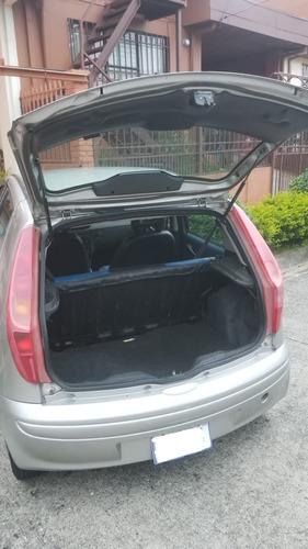 fiat punto 2002 - sedan 5 puertas, manual, gris, placa 5