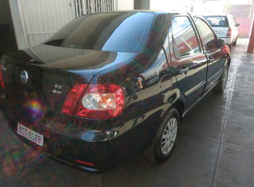 fiat siena 1.0 elx 4p financiamos